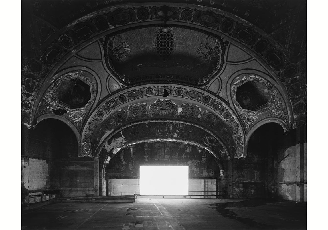 Michigan Theater, Detroit, 2015 © Hiroshi Sugimoto. Fraenkel Gallery, San Francisco izniyle.