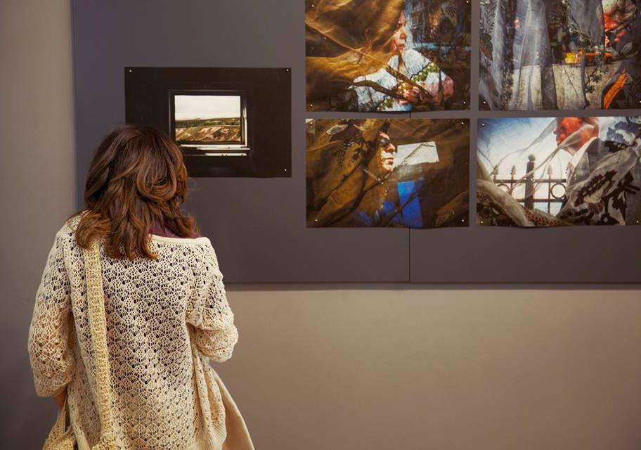 Ka Atölye'deki sergi açılışından, Akram Al-Amoudi'nin işinden bir görünümFotoğraf: Júlia Soler