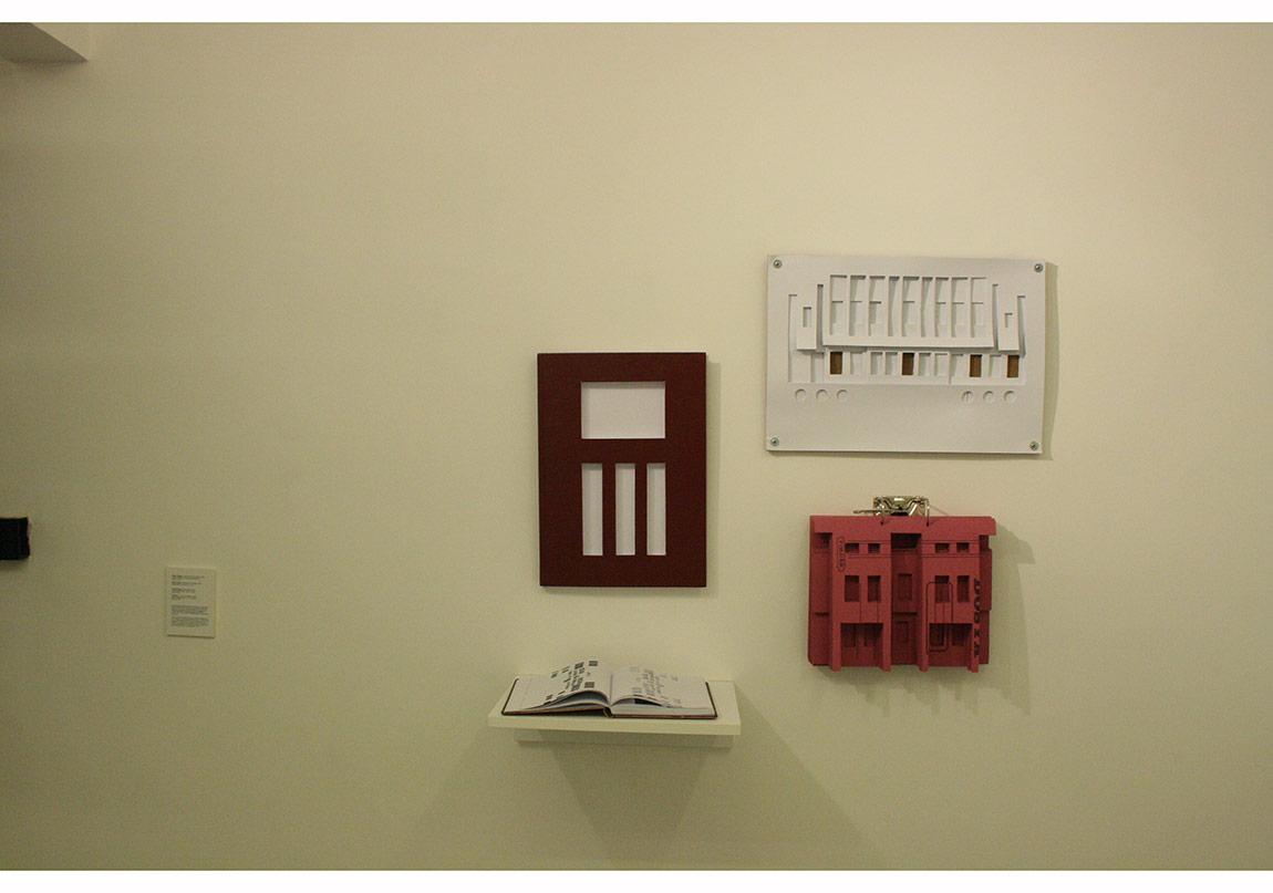 Özge Topçu, Devlet Kapısı, 2014, 40x30 cm, kesikli ciltli defter/Köşk defteri, 2014, kesikli defter/Pembe köşk, 2014, kesikli tabaka kağıt