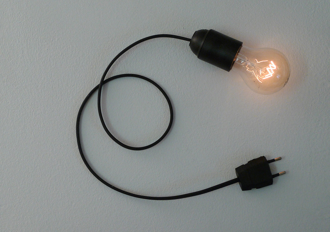 Unplugged (lamp version), 2011, Lamp stand, bulb, dimmer, Ed. 1-3 +AP