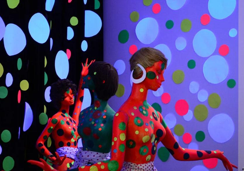 "Berlin'de Yayoi Kusama Retrospektifi ""A Bouquet of Love I Saw in the Universe"""