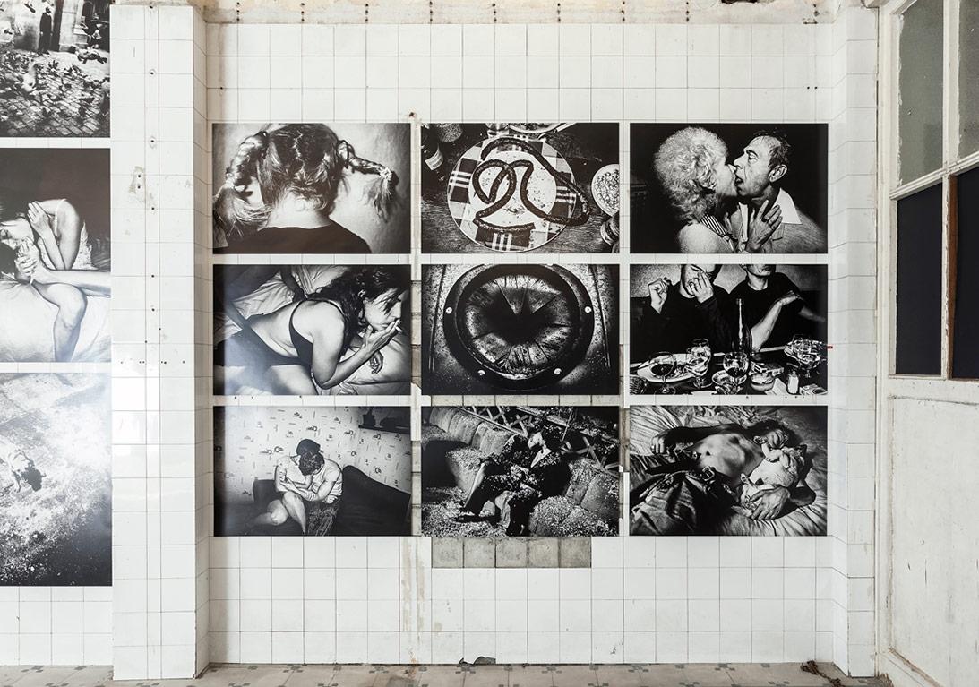 Anders Petersen'in yetimhanedeki 'Kent Güncesi' sergisinden genel görünüm [Fotoğraf: Korhan Karaoysal]