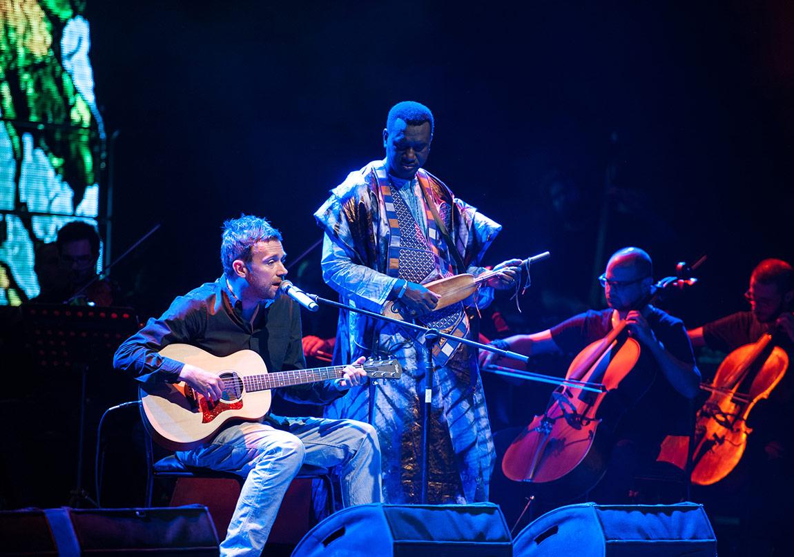 Damon Albarn İle Suriyeli Müzisyenler Orkestrasının Albümü 13 Ocak'ta!