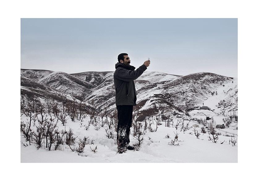 """T-ONE Derneği'nden """"Adolf Loos'un Suçu"""" Sergisine ve Türk Sanatçılarına Destek"""