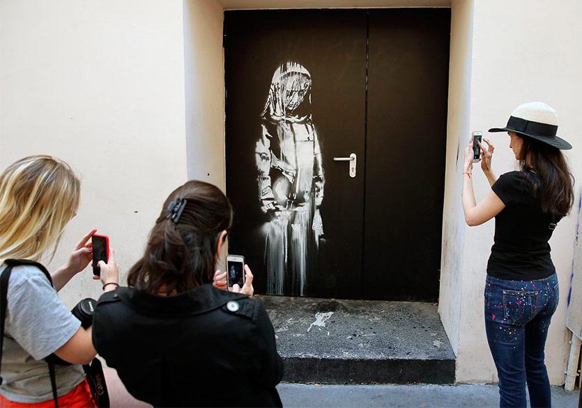Banksy'nin Paris Saldırısı Sembolü Olan Eseri Çalındı