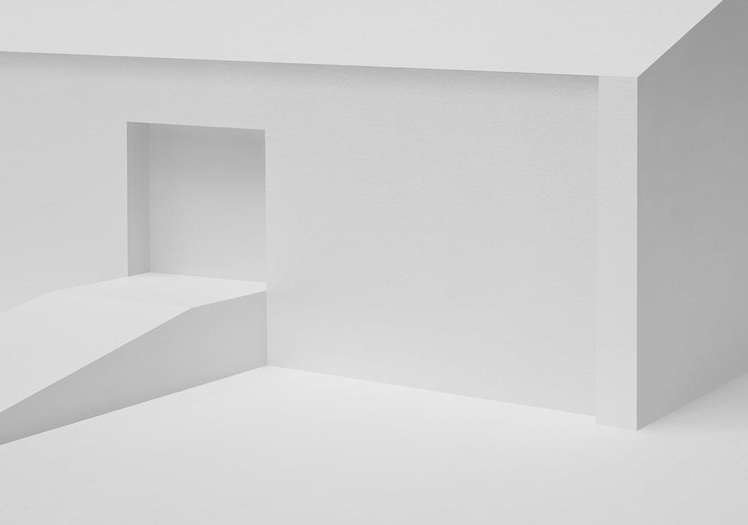 """depo II"" , fotoğraf, 100x66cm, parlak kağıt üzerine c-print diasec, 2014"