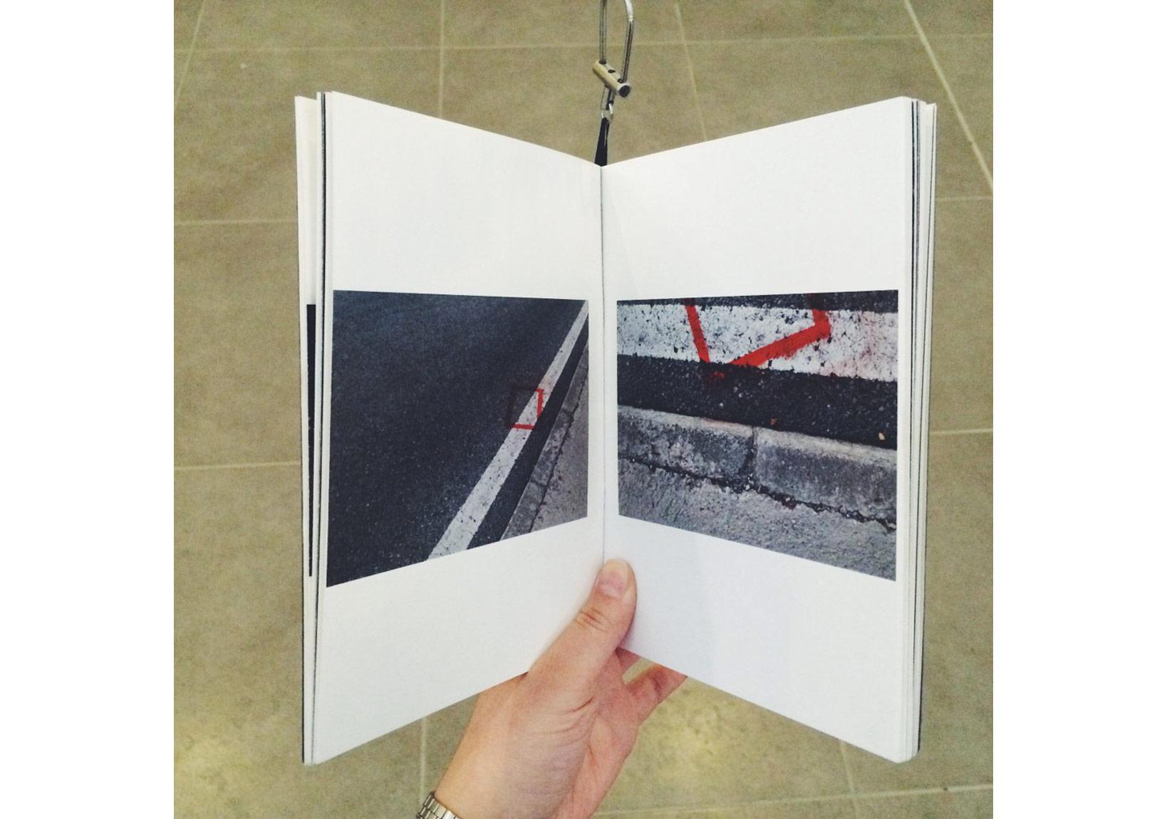 Beril Or'un 'Mid' sanatçı kitabının sergi görünüşü