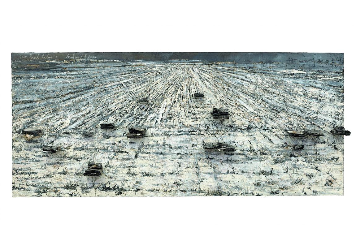 Für Paul Celan : Aschenblume[Pour Paul Celan : Fleur de cendre]2006Huile, émulsion acrylique, shellac et livres brûlés sur toile 330 x 760 x 40 cmCollection particulière Photo : © Charles Duprat