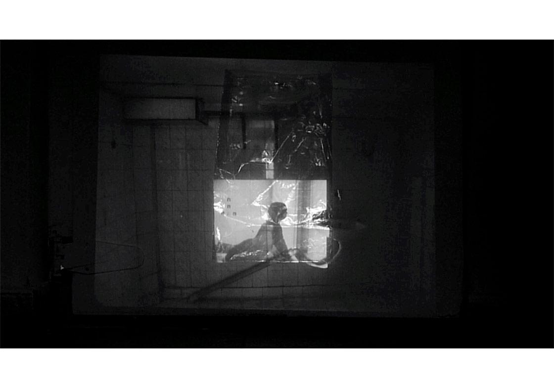 Kurgulan (bir) Serisinden_V4 / dizi Constructed_V4 itibaren2016video01'48 '', 1/5 + 2 AP