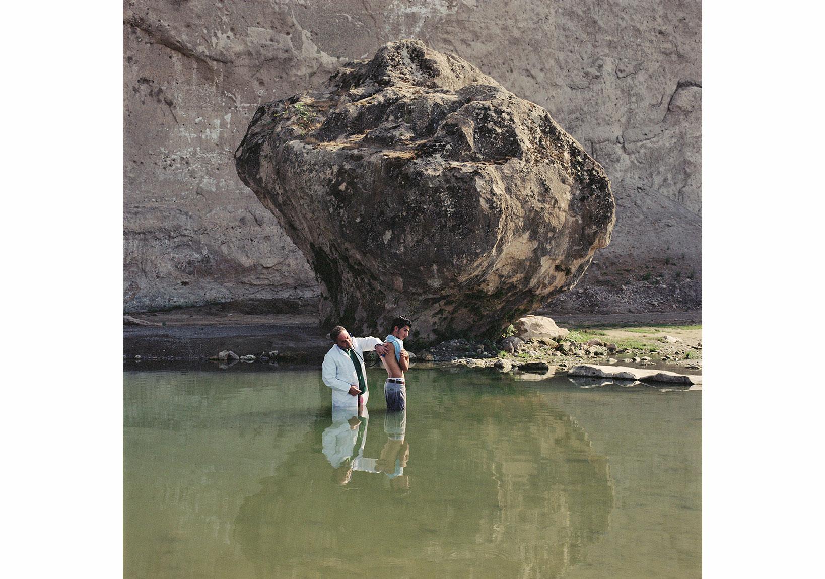 Servet Koçyiğit -Doktor / Doc, 2008,C-print,120 x 120 cm,Sanatçının ve Rampa'nın izniyle / Courtesy the Artist and Rampa