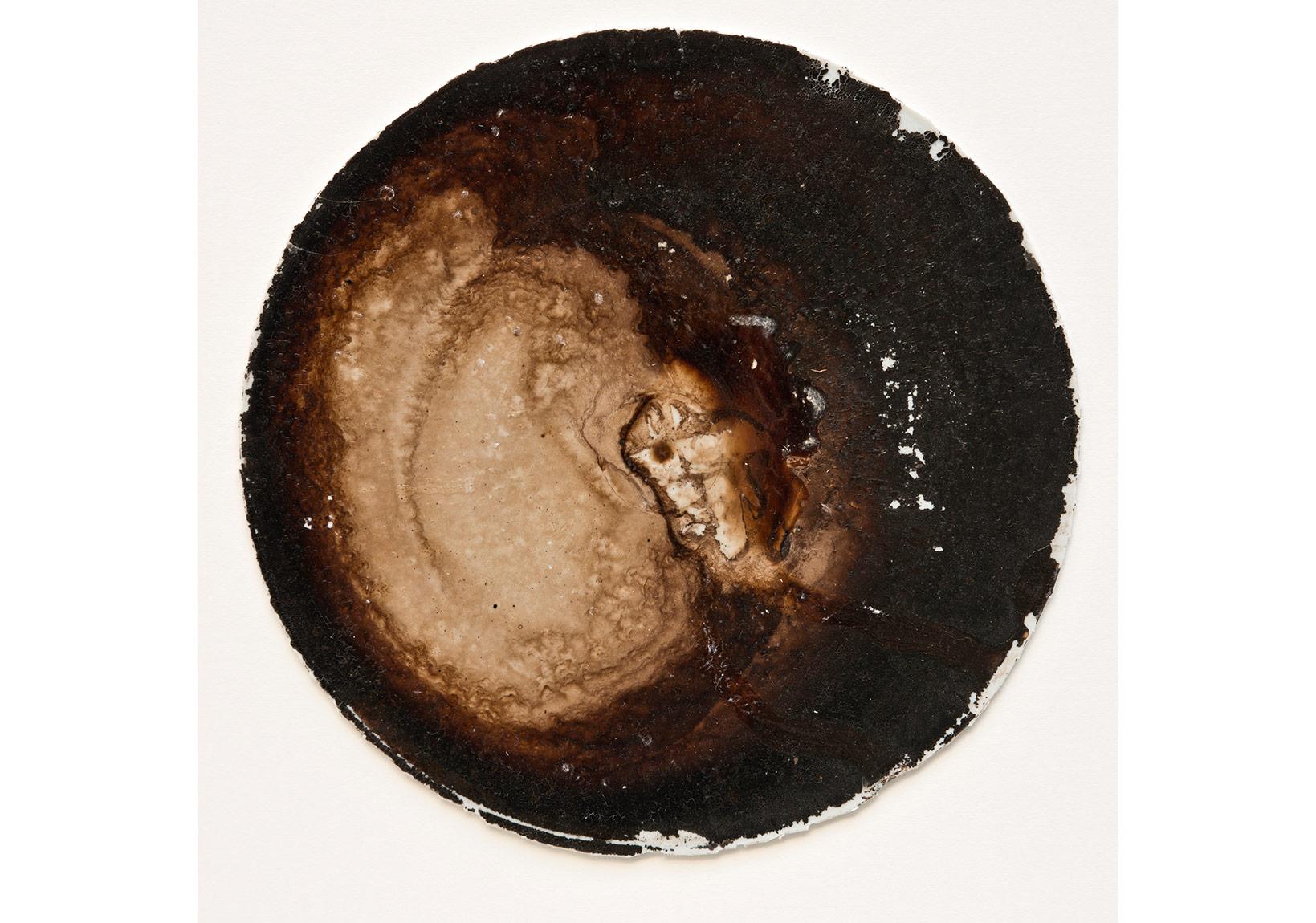 İsimsiz, 2015, tuval üzerine karışık teknik, çap: 30 cm