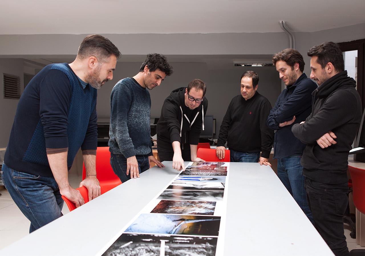 Serdar Darendeliler, Volkan kızıltunç, Mert Çağıl Türkay, Yusuf Murat Şen, Tuna Uysal ve Berkay Yahya Bostan (soldan sağa) © Nazlı Erdemirel