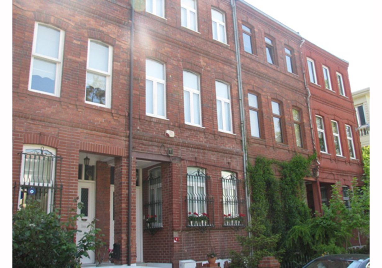 Kuzguncuk, Tahtalı Bostan Sokak, İngiliz evleri, www.geziyazilari.net