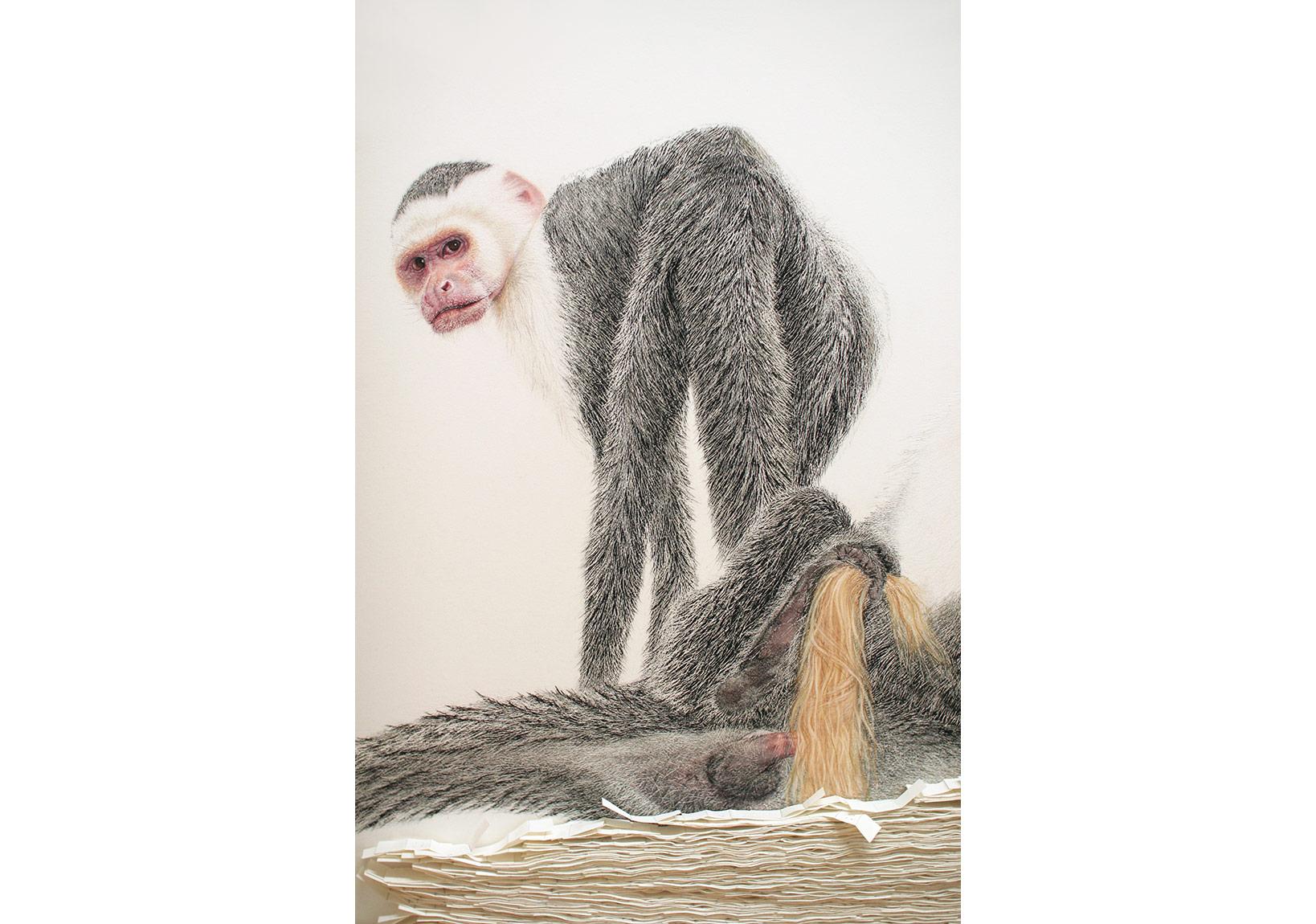 (Apo)tropaion #1 - Kağıt üzerine pastel, kağıt yara bantları, 215cm x 110cm x 4cm, detay ~60cm x 40cm x 4cm, 2012 - Copyright Svenja Schüffler