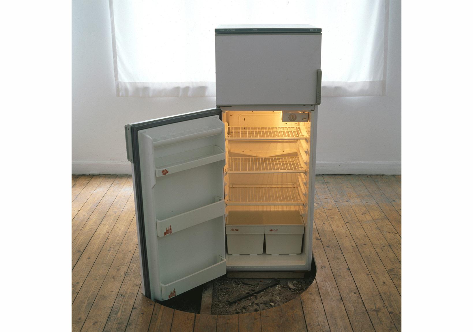 Servet Koçyiğit - Blue Side Up 9, Istanbul Bienali,2005