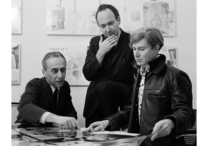 Ivan Karp, who helped find and market Pop Art, center, flanked by the gallery owner Leo Castelli, and Andy Warhol, in 1966