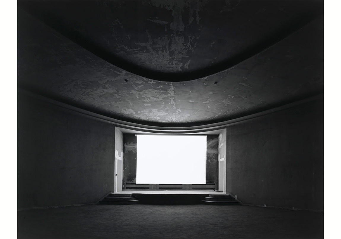 Palais de Tokyo, Paris, 2014 © Hiroshi Sugimoto. Fraenkel Gallery, San Francisco izniyle.