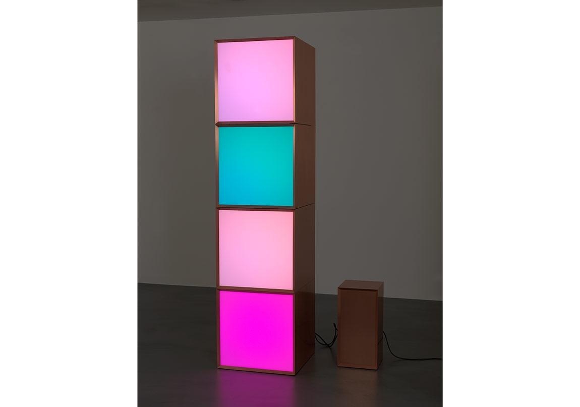 Angela Bulloch, Copper Stack 4, 2012, 202 x 50,5 x 50,5 cm, 4 Pixel Boxes in copper with DMX module in copper