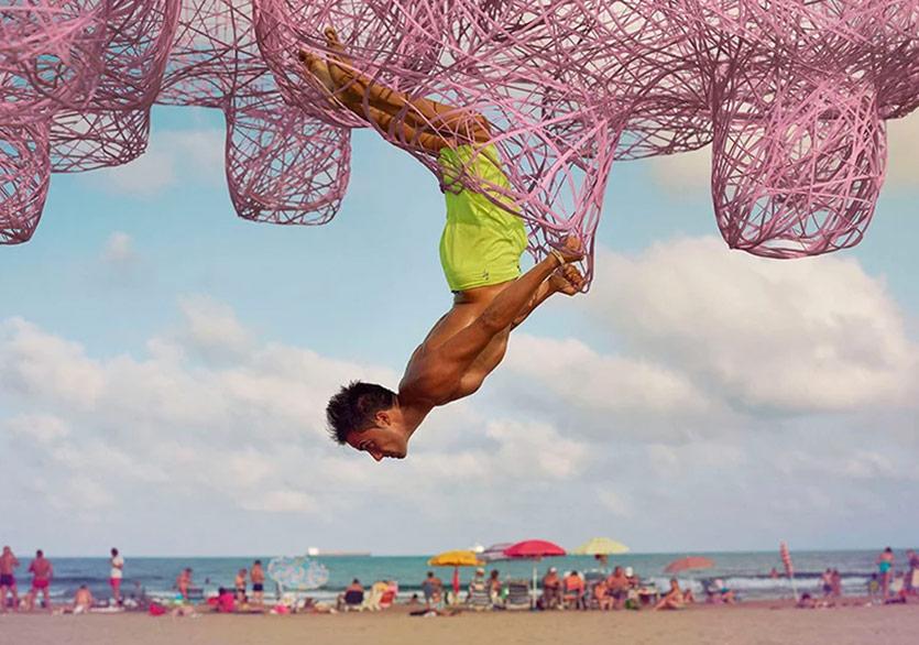 Gerçek ve Sanal Dünya İspanya Kumsalında Kesişti