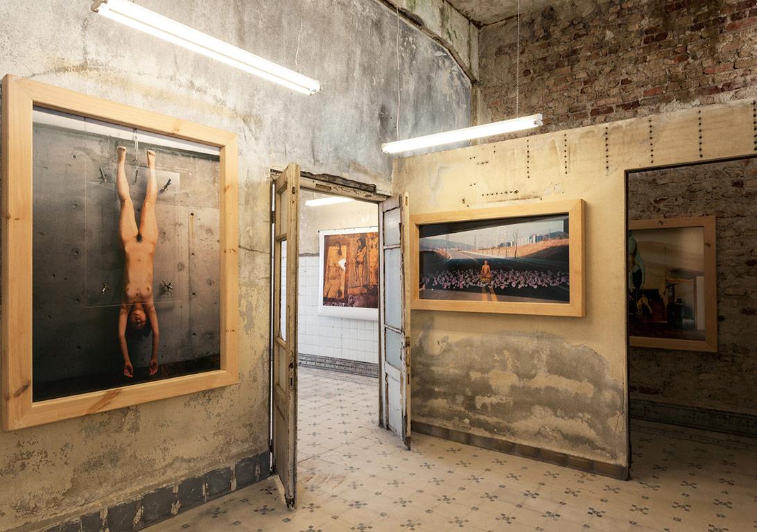 Atta Kim'in yetimhanedeki 'Müze Projesi' sergisinden genel görünüm [Fotoğraf: Korhan Karaoysal]