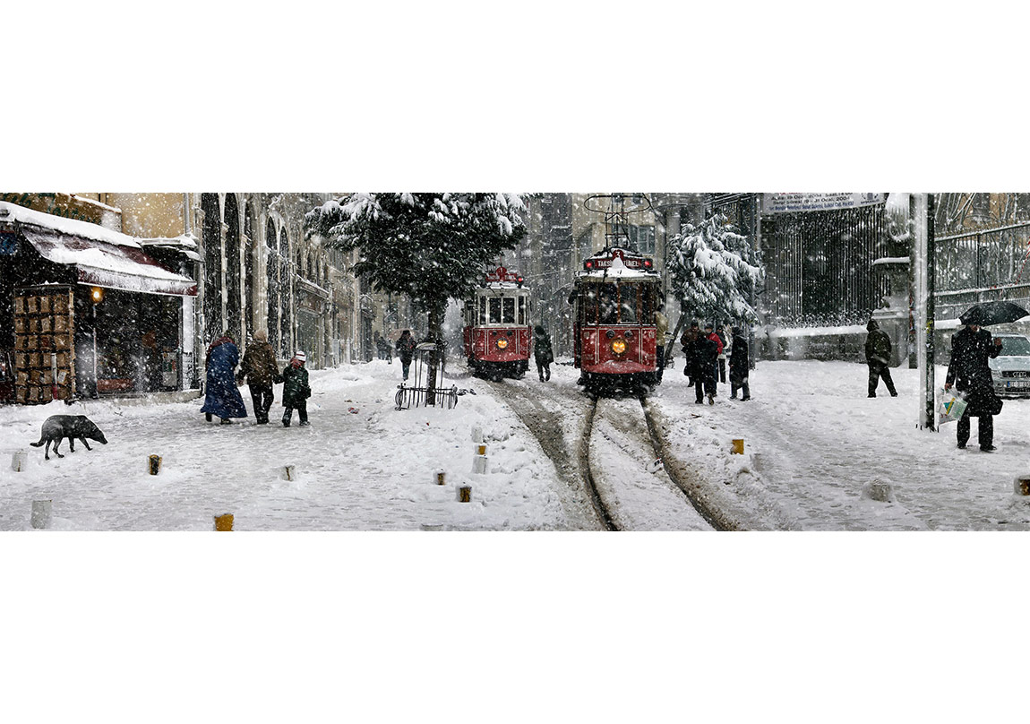 Nuri Bilge Ceylan, Beyoğ u'nd a Tramvaylar-Trams in Beyoğlu, İstanbul, 2004