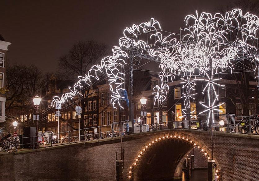 Amsterdam'da Işık Şöleni