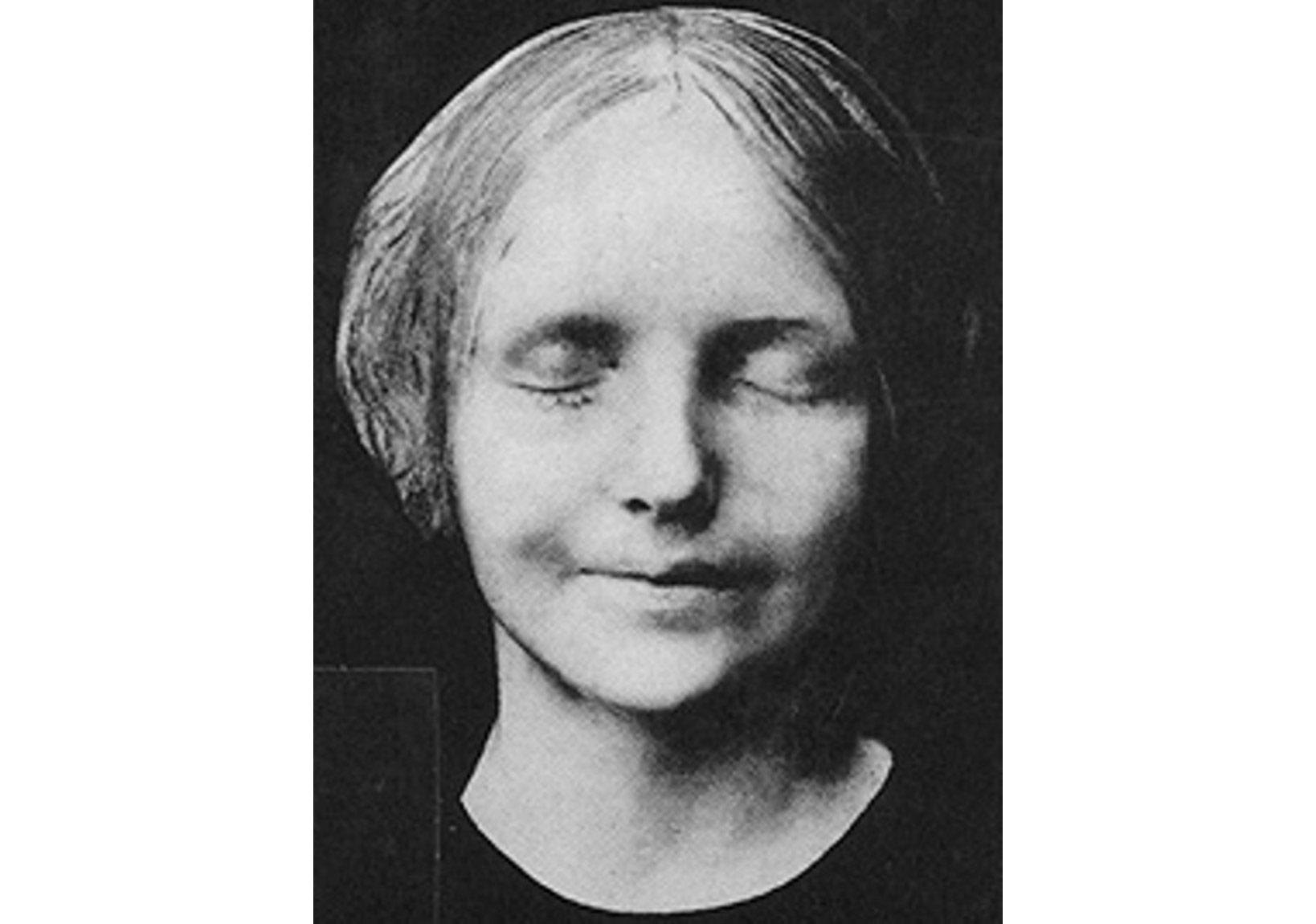 L'inconnue de la Seine (Masque Mortuaire)