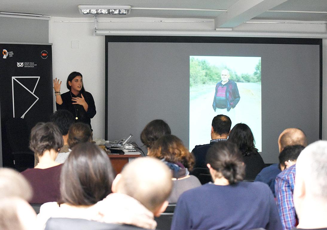 Cemre Yeşil Sanatçı Konuşması'ndan © FUAM ekibi