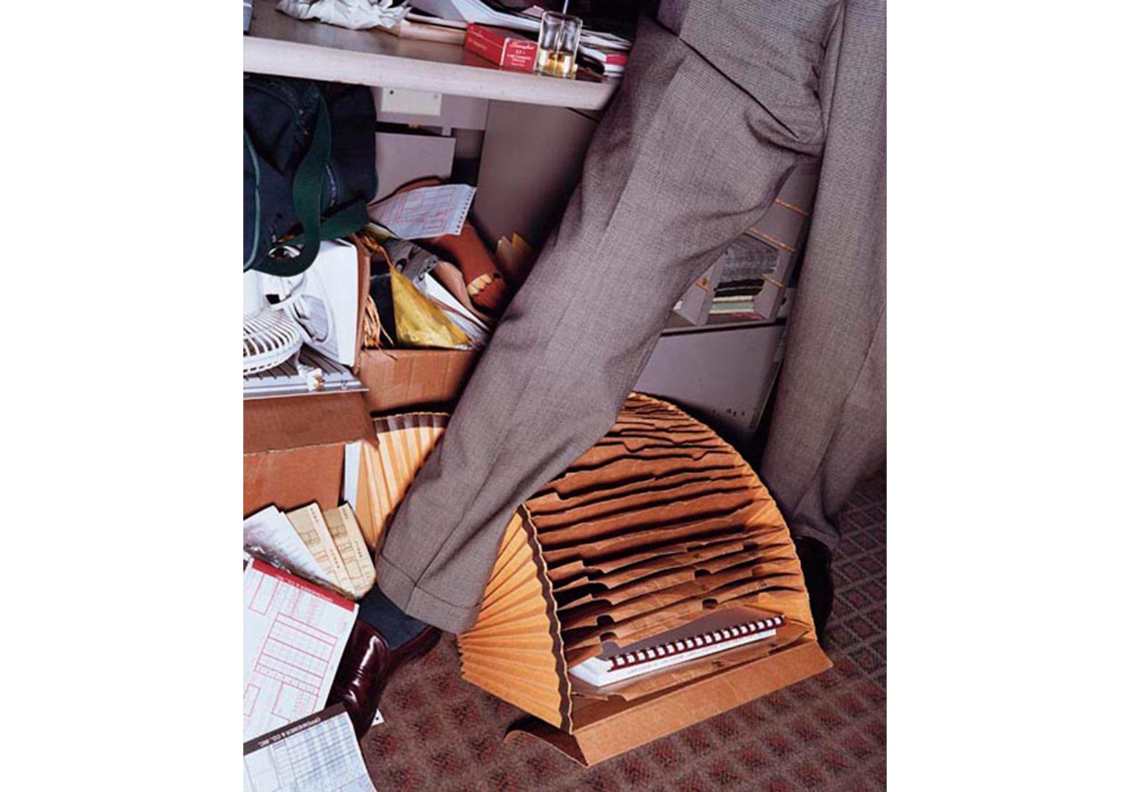 """Lars Tunbjörk, """"Office"""" serisinden, 2002"""