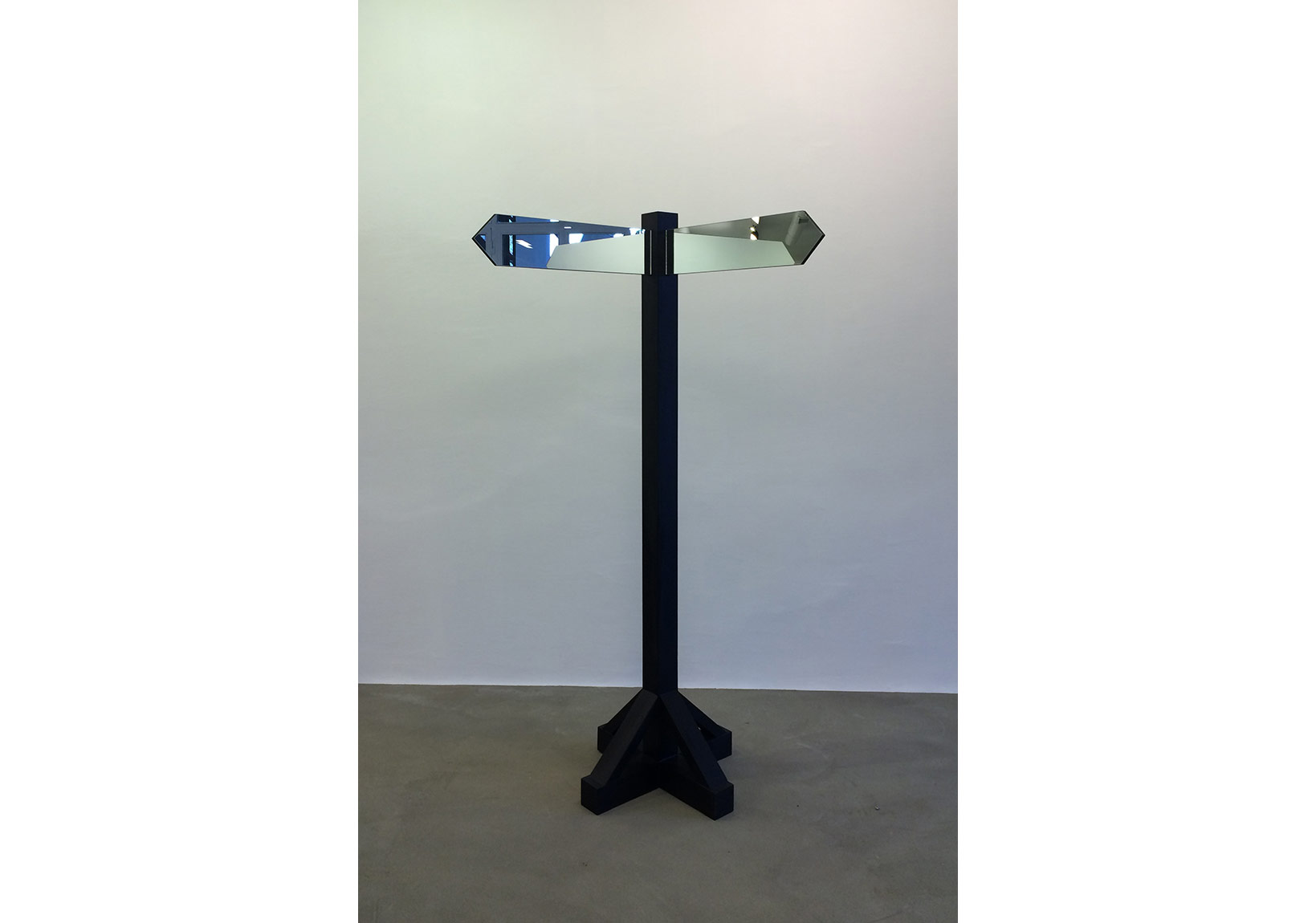 Sümer Sayınevery now and then (2015) heykel sculpture 60x60x120 cm