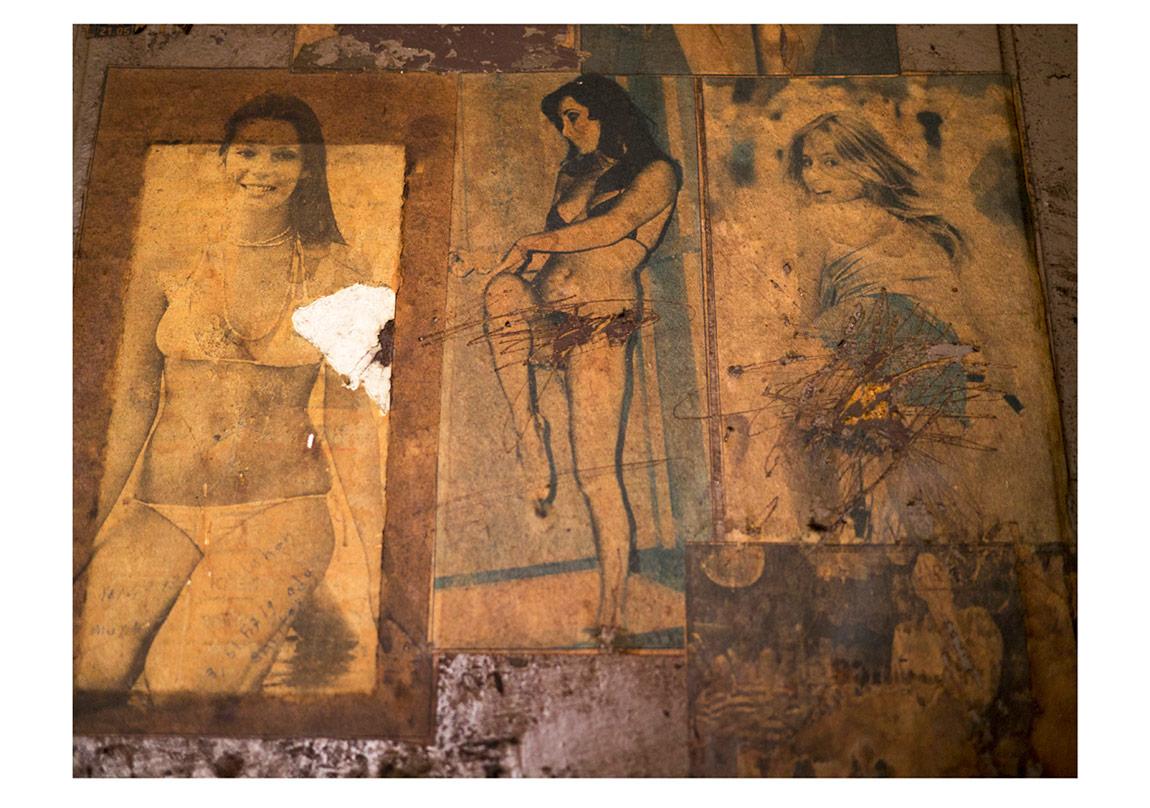 Ortaköy Erkek Yurdu Magazin Poster Kalıntıları#1