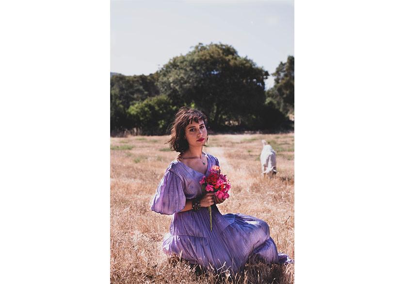 """Bade Nosa'nın Yeni Teklisi """"Çiçek Gibi"""" Yayımlandı"""