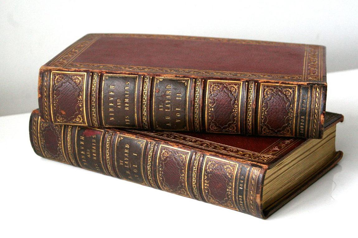 Sir Austen Henry Layard, Ninova ve Kalıntıları:Kürdistan'ınKeldaniHristiyanları'na Bir Ziyaretin Kayıtları…, 2 cilt, 1849, Londra; John Murray.