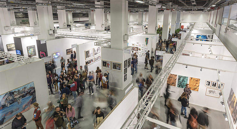 13. Contemporary Istanbul