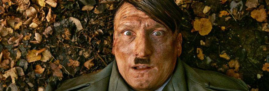Er Ist Wieder Da: Hitler. Bugün. Yine.