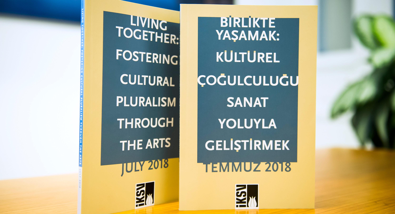 """""""Sanat ve Kültür Yoluyla Bağlantılar Kurmak"""" Üzerine Bir Konferans"""