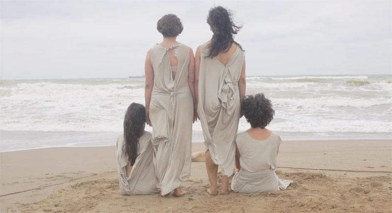 Batık Adanın Kadınları