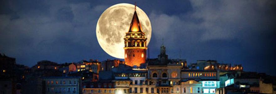 Aziz Nesin 4: Onlar Ay'a, Biz Karaköy'e